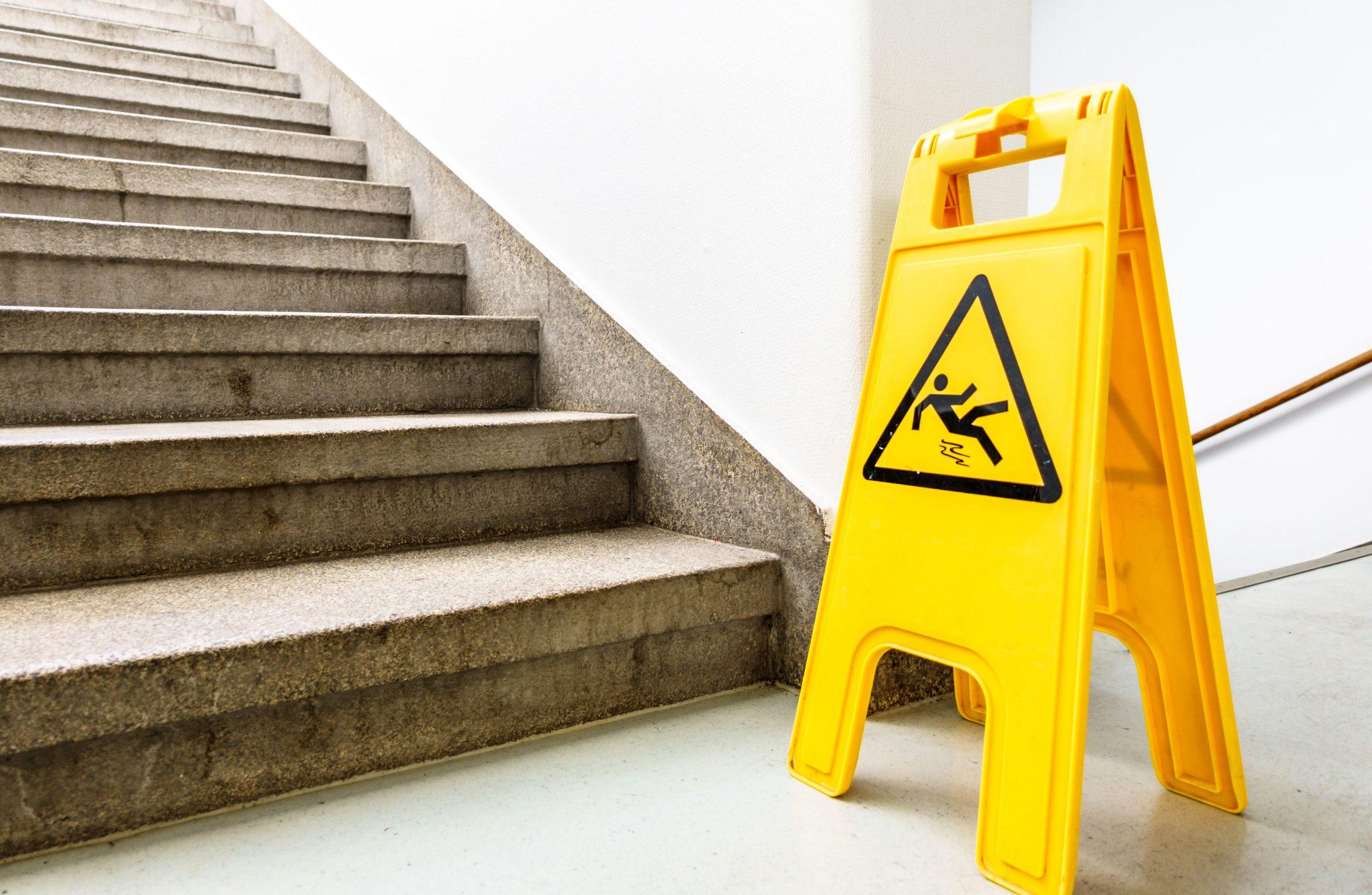 ¿Cómo hacer la limpieza de escaleras?