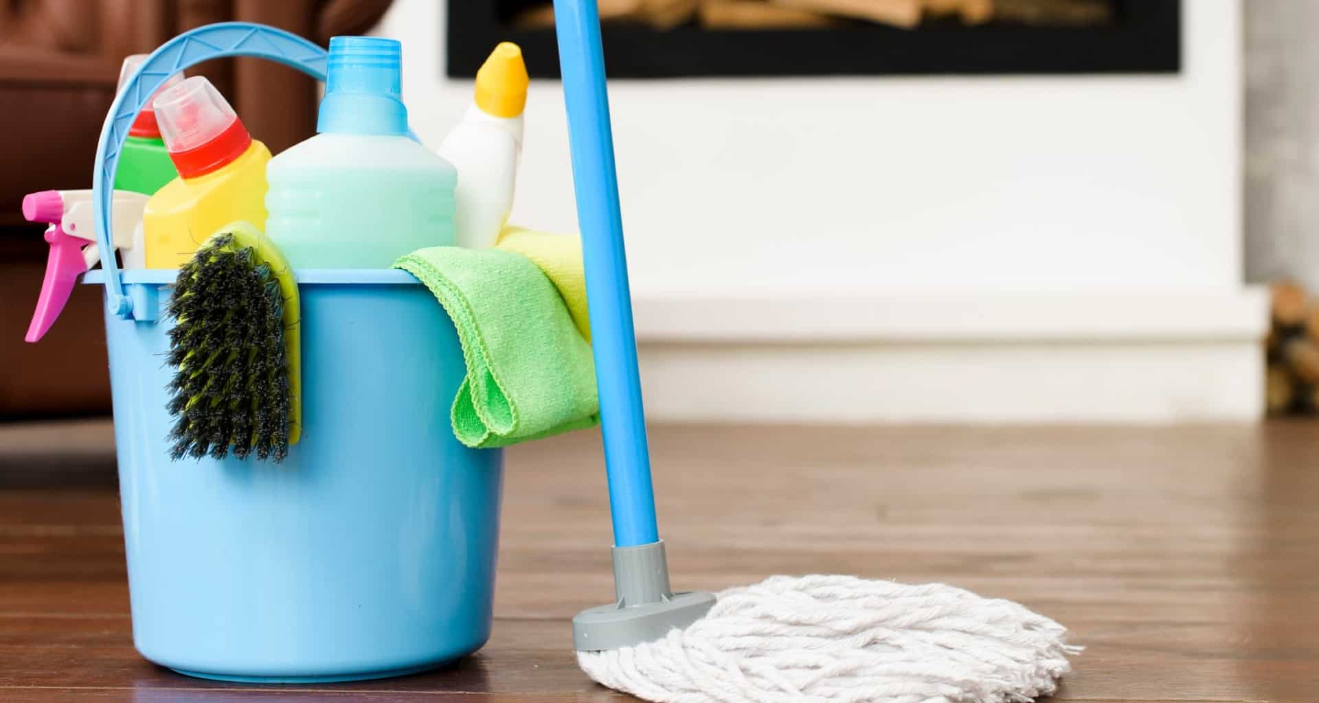 ¿Qué desinfectantes se recomiendan para la limpieza?